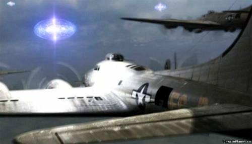 Американский военный самолёт и фу-файтеры