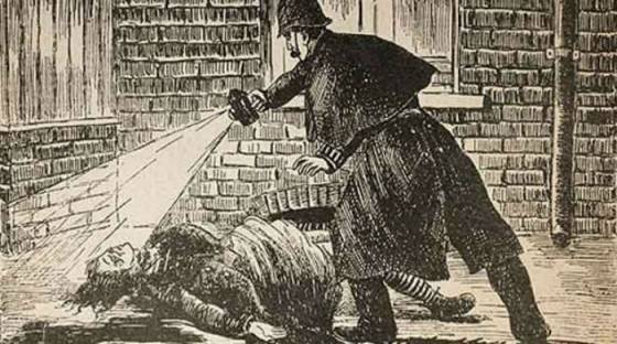 Полицейский находит жертву Джека-потрошителя