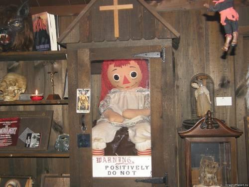 Кукла Аннабель в наши дни