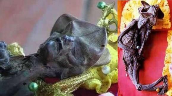 Таинственная мумия в таиландском храме
