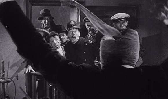 Кадр из старого голливудского фильма