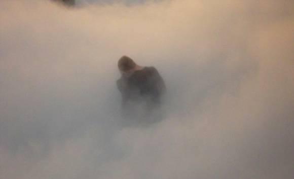 Человек в густом тумане